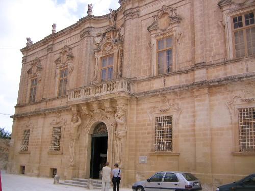 大聖堂付属博物館.jpg